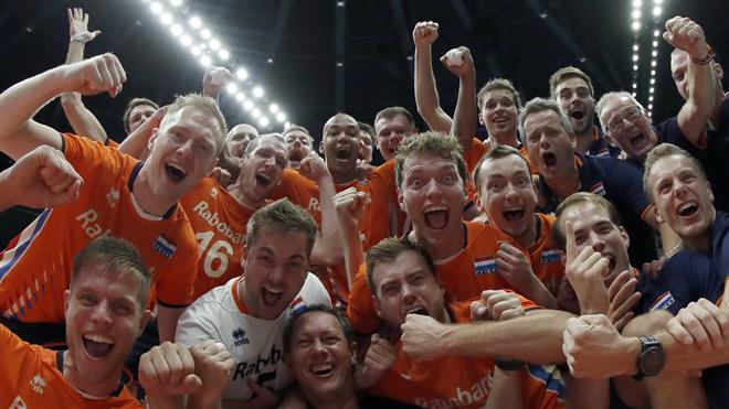 VIDEO | Holland valmistas MM-il sidemängijast diagonaalründaja superpartii toel veel ühe suurüllatuse!