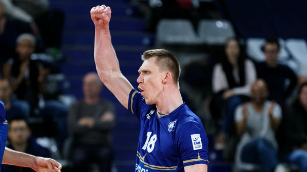 Kreegi koduklubi võttis liiga liidri vastu seljavõidu, eestlane oma meeskonna parim
