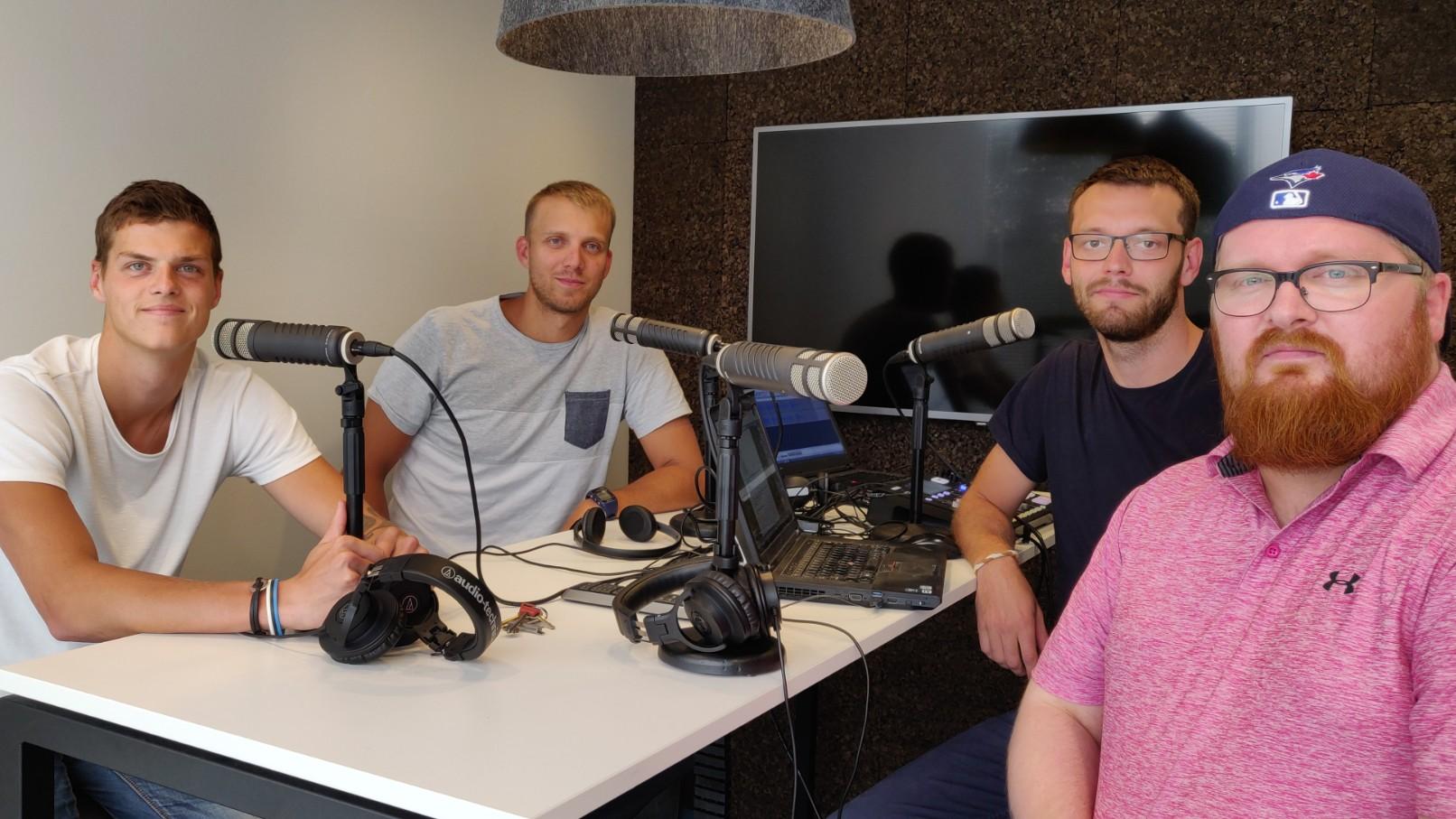 """Podcast """"Kuldne geim""""   Uue nimega duo rannavollest, Saaremaa ärakukkumisest, Belgia kõrgliigast ja koondistest"""