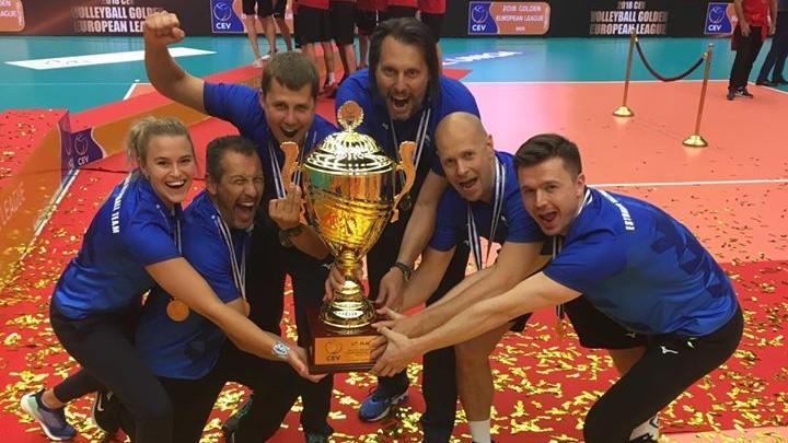 TeamShieldi küsimusmäng | Millise tänase Eesti koondislasega koos kasvas Robin Ristmäe üles?